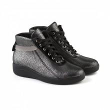 Блестящие серебристые ботинки на шнуровке КИРА1181-129-02