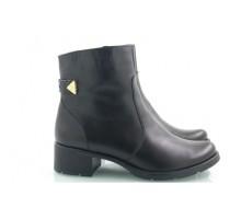 Женские ботиночки черные КИРА22205-VD02