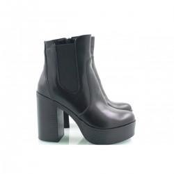 Черные ботинки высокий каблук КИРА22212-714-01Ч
