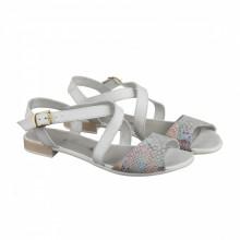 Белые босоножки на низком каблуке КИРА11110-101