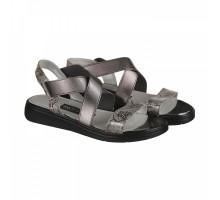 Серебряные босоножки на низком ходу с резинкой КИРА1118-7564-01s